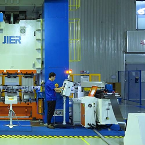 高功率密度燃料电池薄型金属双极板及批量化精密制造技术