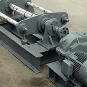 一种具有拆分与读码功能的火车车轮钢坯推钢机