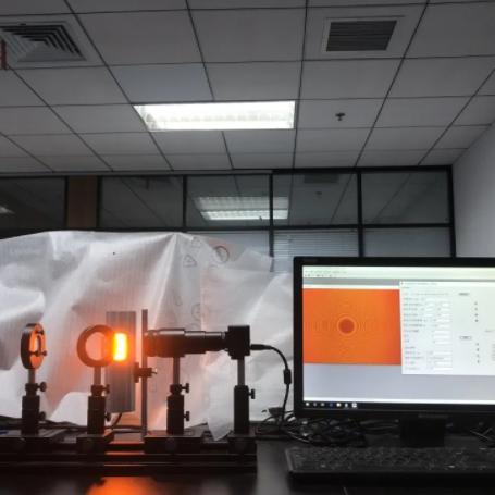 单幅无载波牛顿环干涉条纹分析技术